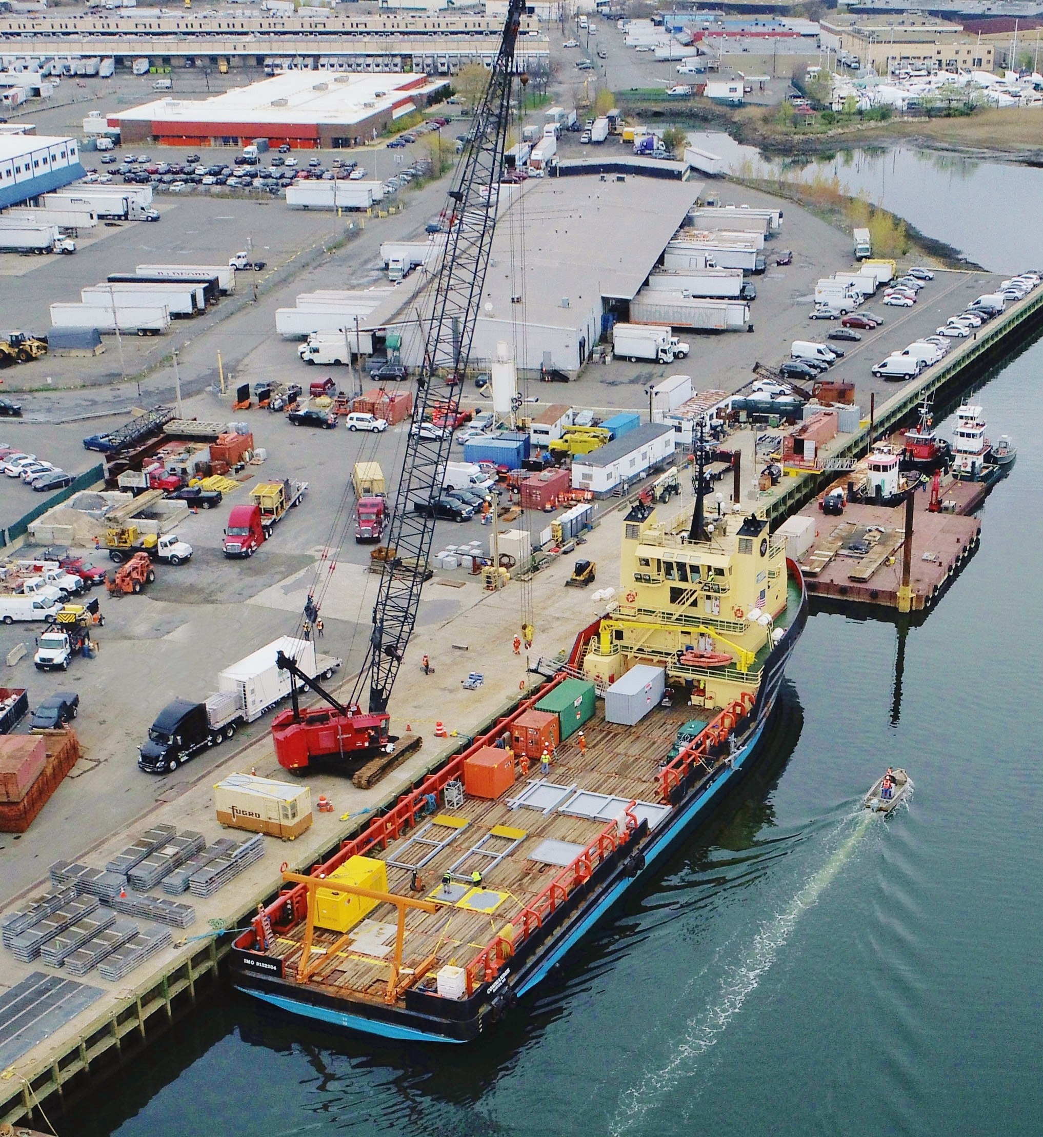 SPS Marine Facility and Crane Services